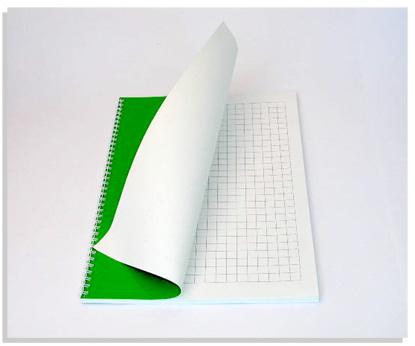 Quaderni per la scrittura in nero con quadretti a rilievo